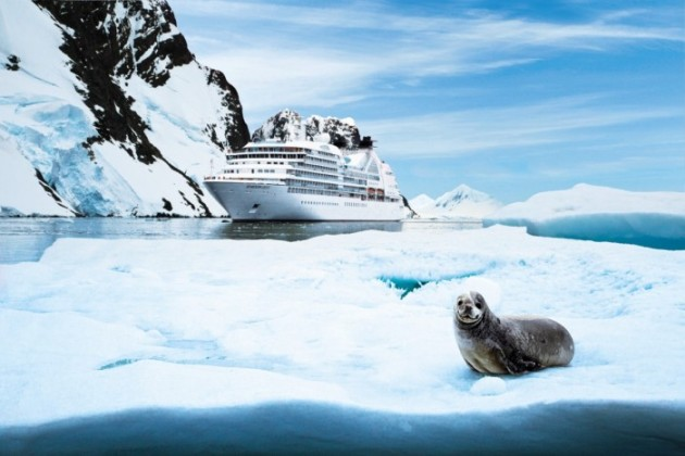 Seabourn Quest © Robin West