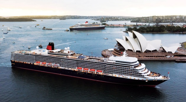 Queen Elizabeth and Queen Mary 2 in Sydney 2011