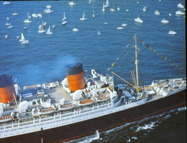 Queen Mary arrives Long Beach December 9, 1967